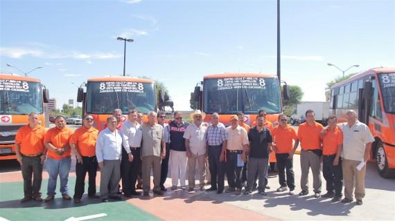 Autoridades-de-Mexicali-transportistas-y-ejecutivos-de-la-armadora-570x320