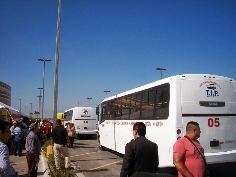 dina-runner-10-entrega-unidades-reynosa-tamaulipas_vision-automotri-2
