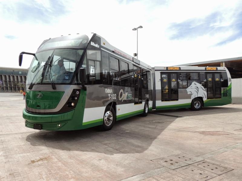 banderazo_autobus_articulado_dina_brighter_para sistema_optibus_sistema_integral_traporte_leon_guanajuato_10