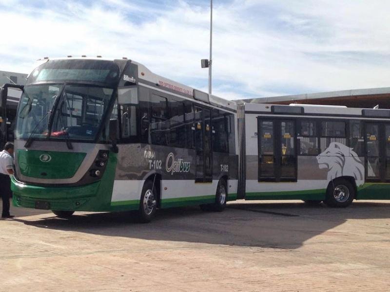 banderazo_autobus_articulado_dina_brighter_para sistema_optibus_sistema_integral_traporte_leon_guanajuato_17