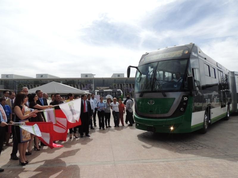 banderazo_autobus_articulado_dina_brighter_sistema_optibus_leon_guanajuato
